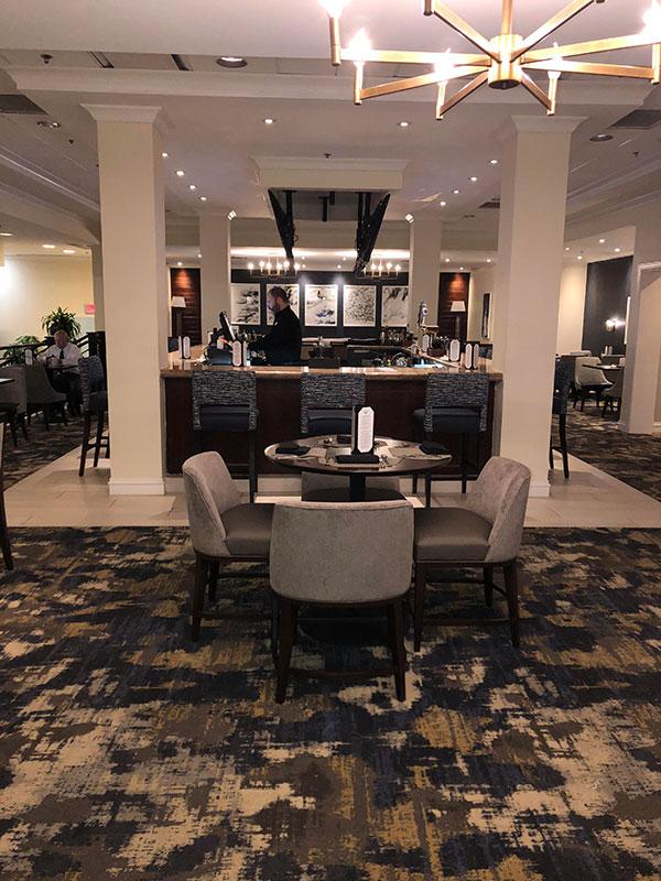 Lounge 1 | Columbo's