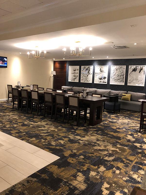 Lounge 2 | Columbo's